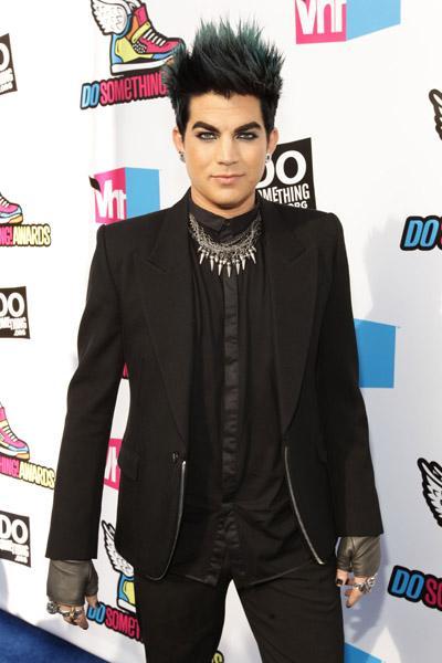 arrives at the 2011 VH1 Do Something Awards at the Hollywood Palladium on August 14, 2011 in Hollywood, California.