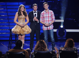 AMERICAN IDOL: L-R: Lauren Alaina, Ryan Seacrest and Scotty McCreery at the AMERICAN IDOL finals airing Tuesday, May 24 (8:00-9:00- PM ET/PT) on FOX. CR: Michael Becker / FOX.