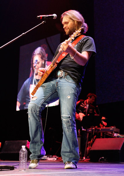 performs onstage during Bama Rising: A Benefit Concert For Alabama Tornado Recovery at the Birmingham Jefferson Convention Complex on June 14, 2011 in Birmingham, Alabama.