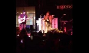"""Kris Allen Covers Justin Timberlake's """"Cry Me a River"""" (VIDEO)"""