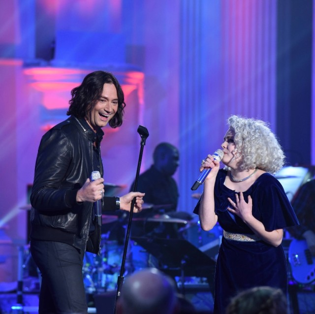 "AMERICAN IDOL: L-R: Constantine Maroulis with contestant Jenn Blosil in the ""Showcase #4: Judges Vote"" episode of AMERICAN IDOL airing Thursday, Feb. 18 (8:00-10:00 PM ET/PT) on FOX. © 2016 FOX Broadcasting Co. Cr: Ray Mickshaw / FOX."