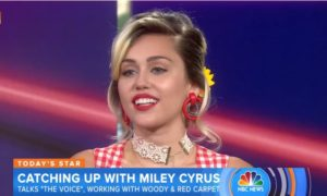 """Miley Cyrus Dishes on her """"Genre-Fluid"""" The Voice 11 Team (VIDEO)"""