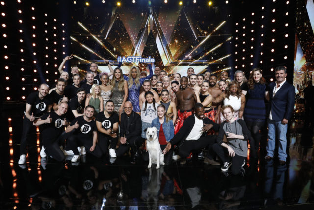 "AMERICA'S GOT TALENT -- ""Live Results 5"" Episode 1222 -- Pictured: (l-r) Light Balance, Darci Lynne, Mel B, Heidi Klum, Howie Mandel, Tyra Banks, Angelica Hale, Sara Carson & Hero, Preacher Lawson, Diavolo, Chase Goehring, Kechi, Mandy Harvey, Simon Cowell -- (Photo by: Trae Patton/NBC)"