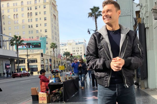 Ryan Seacrest American Idol Hollywood Week 1