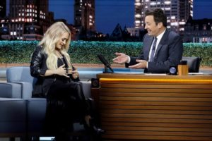 Carrie Underwood Visits Tonight Show Promotes New Album Cry Pretty (VIDEO)
