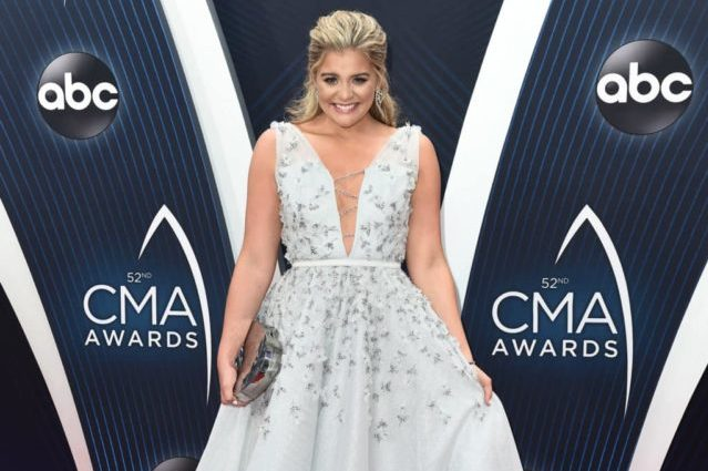 "THE 52ND ANNUAL CMA AWARDS - Country Music superstars Brad Paisley and Carrie Underwood return to host ""The 52nd Annual CMA Awards,"" Country MusicÕs Biggest Night, live from the Bridgestone Arena in Nashville, WEDNESDAY, NOV. 14 (8:00-11:00 p.m. EDT), on The ABC Television Network. The beloved hosts return for the 11th time. (ABC/Image Group LA) LAUREN ALAINA"