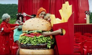 Taylor Swift, Katy Perry You Need to Calm Down Music Video