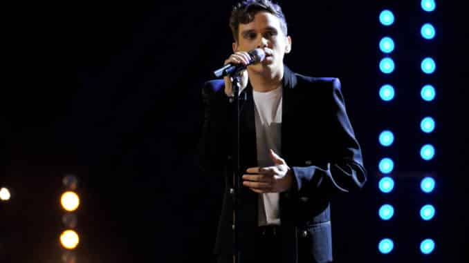 """THE VOICE -- """"Live Playoffs Top 20"""" Episode 1715A -- Pictured: Max Boyle -- (Photo by: Trae Patton/NBC)"""